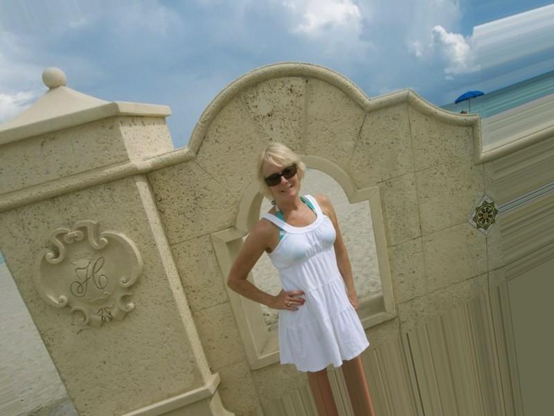 single woman in Jacksonville, Florida